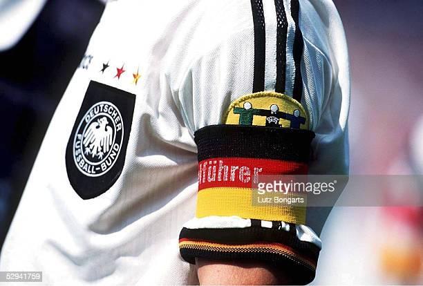 FUSSBALL EURO 1996 17696 KAPITAENSBINDE