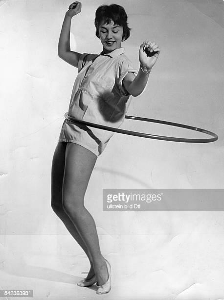 HULA HOOP 1958