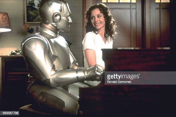 COLUMBUS' FILM 'BICENTENNIAL MAN'