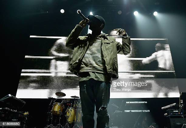 Singer Bryson Tiller performs onstage during Power 1051's Powerhouse 2016 at Barclays Center on October 27 2016 in New York City