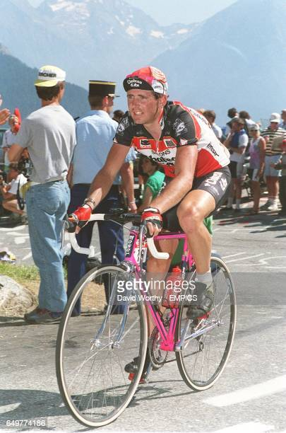 AX TEAM TOUR DE FRANCE 1990 ON STAGE 11 L'ALPED'HUEZ