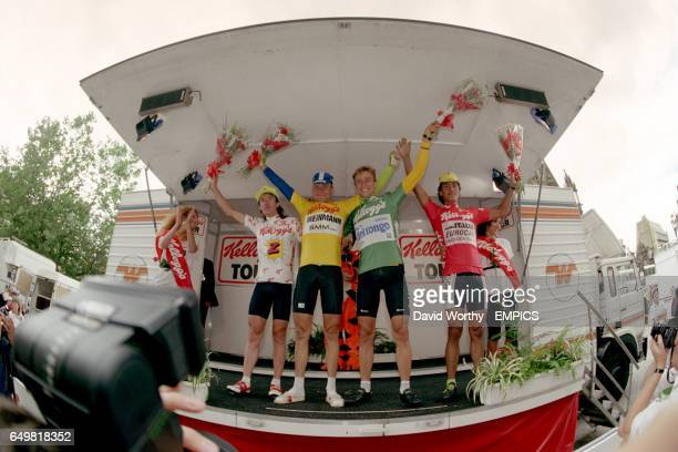 ROBERT MILLAR MICHEL DERNIES MAURIZIO FONDERIEST AND LEONARDO SIERRA ON THE PODIUM AT THE FINISH OF THE RACE STAGE 6 MANCHESTER