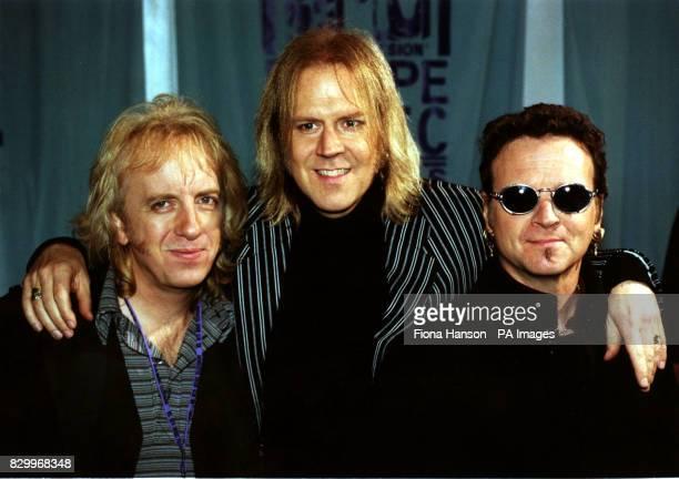 GROUP 'AEROSMITH' BRAD WHITFORD TOM HAMILTON JOEY KRAMER AT THE 1997 MTV AWARDS IN ROTTERDAM NETHERLANDS