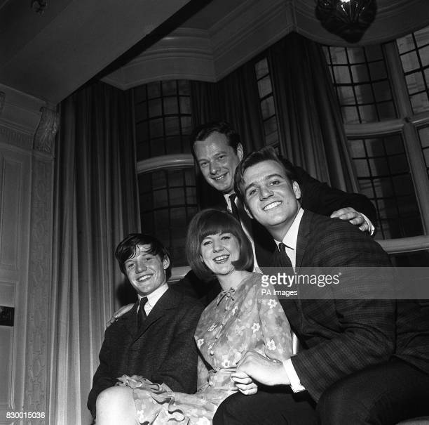 WITH ARTISTS APPEARING IN HIS SHOW AT THE PALACE THEATRE MANCHESTER FRONT IS CILLA BLACK WITH TOMMY QUICKLY AND BILLY J KRAMER
