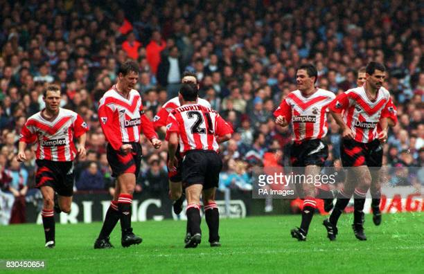 OF SOUTHAMPTON CELEBRATES AFTER SCORING AGAINST WEST HAM UNITED DURING THE FA CARLING PREMIERSHIP MATCH AT UPTON PARK