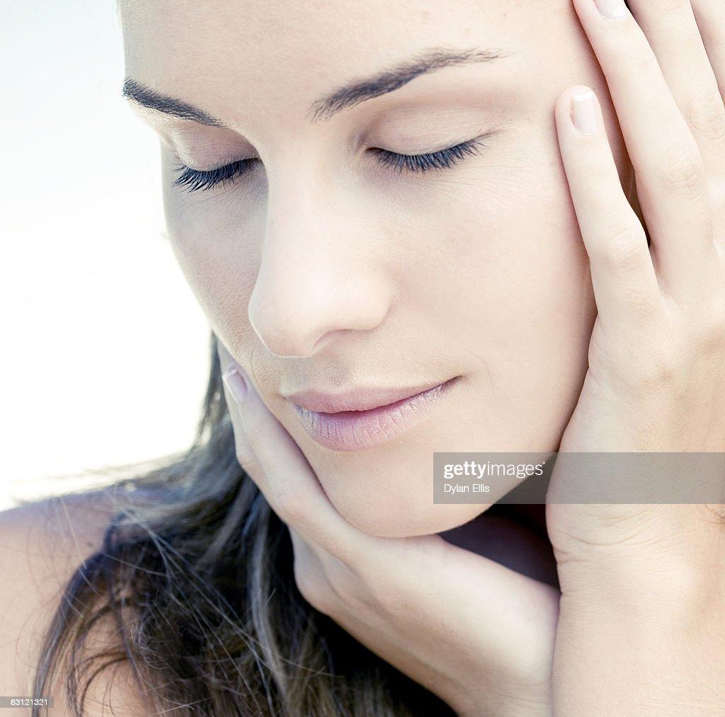 CLOSE UP SHOT OF BEAUTIFUL YOUNG WOMAN'S SKIN : Stock Photo