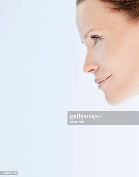 PROFILE BEAUTY SHOT OF A WOMAN WITH FAIR SKIN