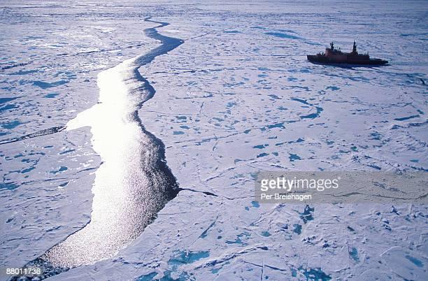 ICEBREAKER ABND NORTH POLE LEAD