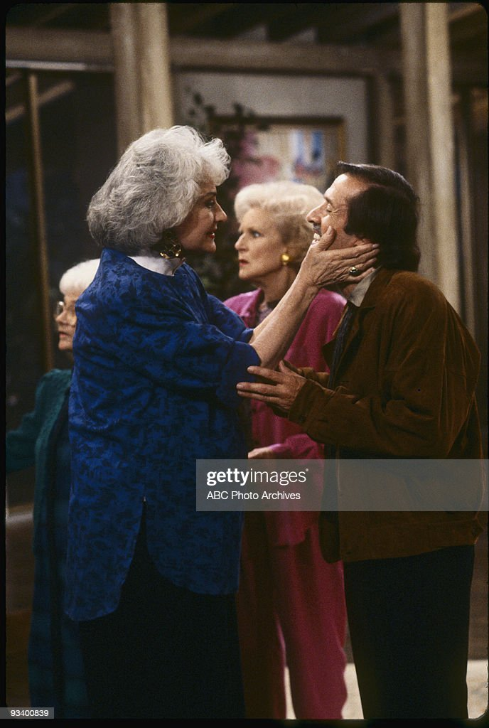 THE GOLDEN GIRLS - 9/24/85 - 9/24/92, BEA ARTHUR, BETTY WHITE, ESTELLE GETTY, SONNY BONO,