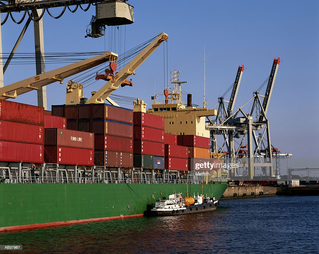 CONTAINER SHIP IN PORT : Stock Photo