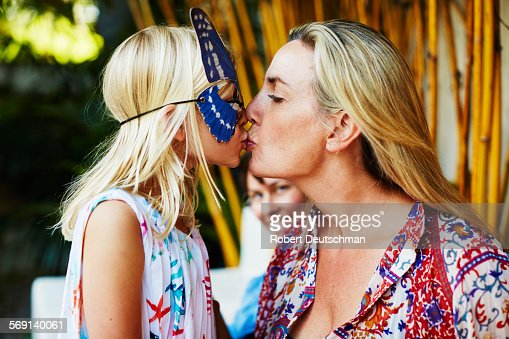 Lesbian Kissing Mature 28
