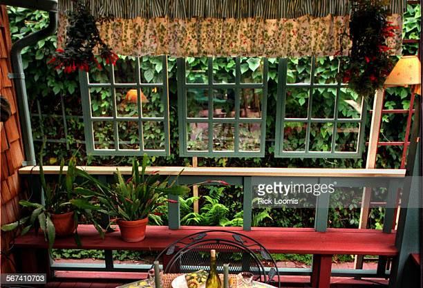 SO0525patio4RL––Huntington Beach––The back patio area of the home of Claudia Schmutzler and her partner Jeanie Werner in Huntington Beach Photo shows...