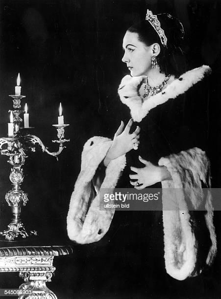 *Sängerin Opernsängerin Sopran ItalienRollenporträt als Tosca um 1960