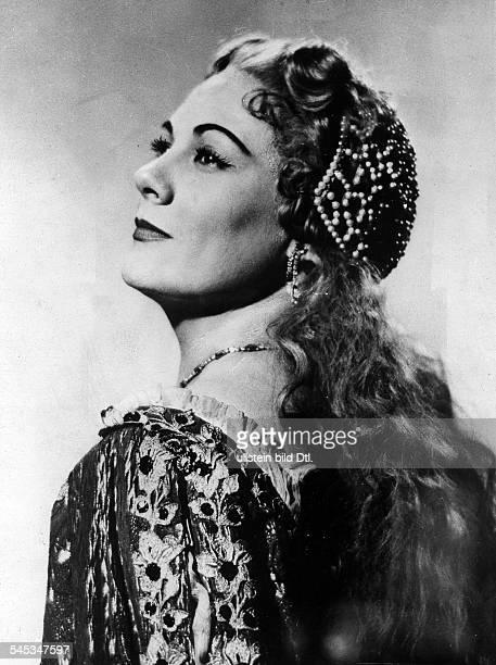 *Sängerin Opernsängerin Sopran ItalienRollenporträt als Desdemona in 'Othello' von Giuseppe Verdi undatiert