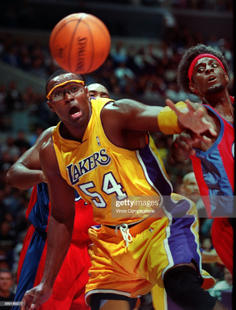 SP 1105kers4 VC The Lakers Horace Grant left and the