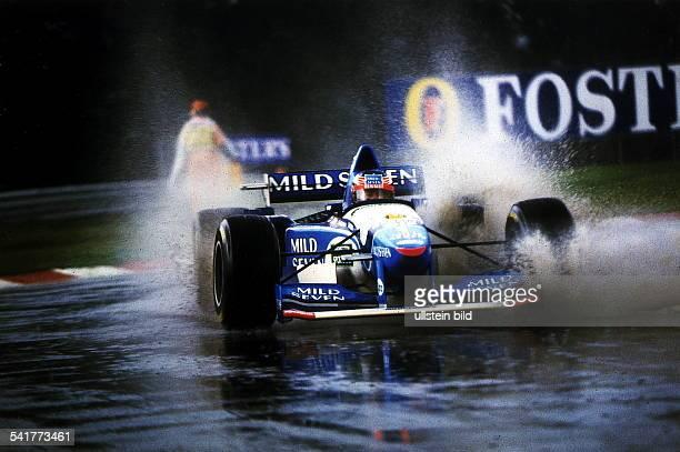 Rennfahrer Formel1 DGrosser Preis von Argentinien in BuenosAires im Benetton auf nasser Strecke 1995