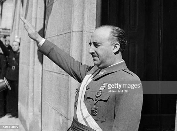 *04121892Politiker General Spanien bei einer Ansprache an das Volk 1936