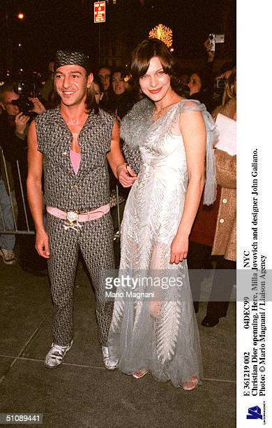 E 361219 002 04Dec99 Nyc Christian Dior Openning Here Milla Jovovich And Designer John Galiano