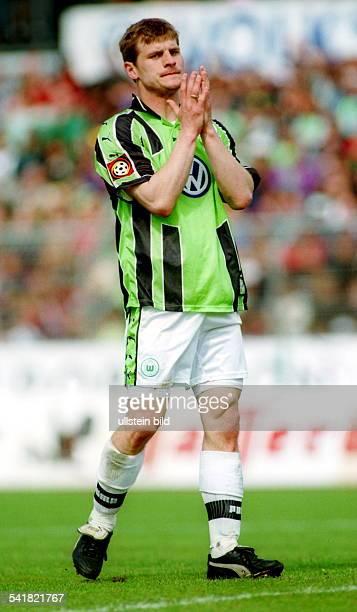 Sportler Fussball D 1 Bundesliga VfL Wolfsburg BayerLeverkusen Ganzfigur