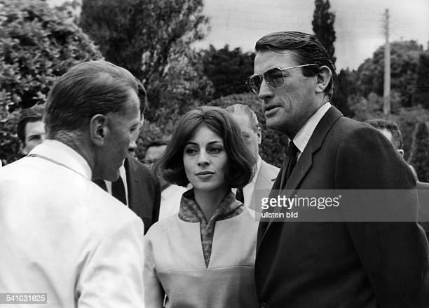*Schauspieler USAmit seiner Frau Veronique Passani beiden Filmfestspielen in Cannes 1963