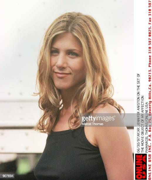 Jennifer Aniston on the set of her new movie 'Object of my Affection'