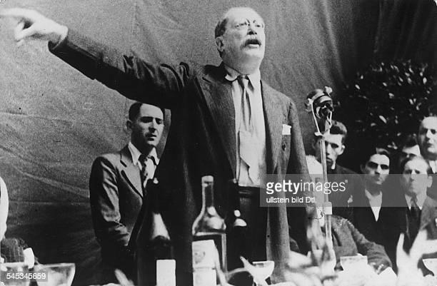 *09041872Politiker Sozialist FrankreichMinisterpräsident 193637/1938/194647Rede auf einem sozialdemokratischen Parteikongress in Marseille 1937