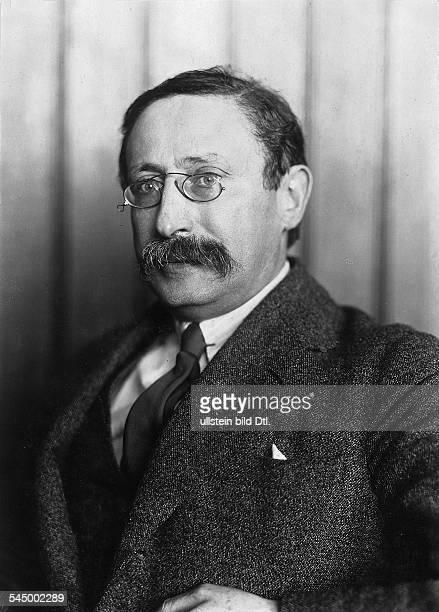 *09041872Politiker Sozialist FrankreichMinisterpräsident 193637/1938/194647Porträt um 1931