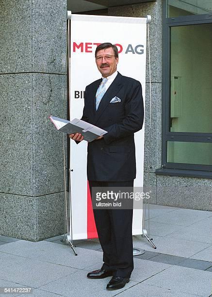 Manager DVorstandsvorsitzender der Metro AGGanzkörperaufnahme