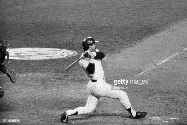 New York NY Reggie Jackson connects for his second home run in the fifth inning of game of the World Series to give the Yanks a 73 lead over the...