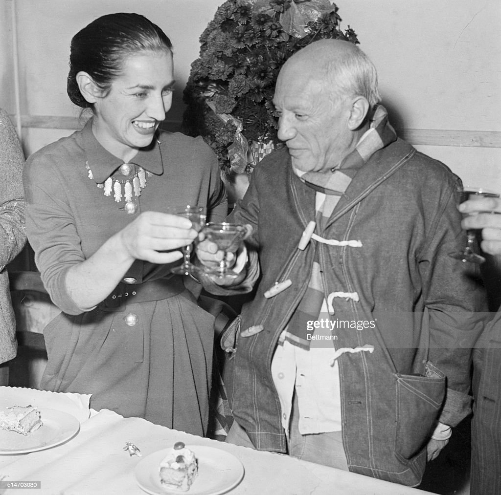<a gi-track='captionPersonalityLinkClicked' href=/galleries/search?phrase=Pablo+Picasso&family=editorial&specificpeople=85469 ng-click='$event.stopPropagation()'>Pablo Picasso</a>, famed Spanish painter, born at Malaga on Oct. 25, 1881, clinks glasses with his wife, Francoise, as they toast the artist's 70th birthday during an intimate ceremony held at their home. The Picasso family, including two children, Claude, 5, and Paloma, 2, lives in the small Riviera town of Vallauris, in Southern France.