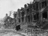 Houses wrecked by German bombing on the outskirts of Coventry