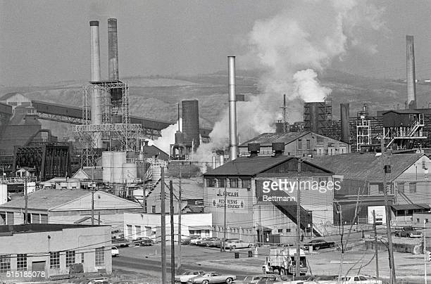 Clairton PA Smoke billows from stack at US Steel Clairton Coke Works 11/20 A heavy smog forced steel mills in the Mongahela Valley to cut back in...