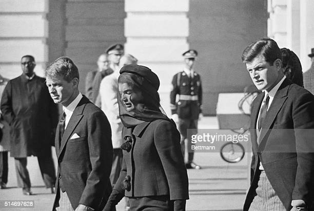 an analysis of the story about a man that was one of the assassins that killed kennedy There are plenty of conspiracies and myths surrounding jfk's death  1 on nov  11, 1963, president kennedy laid a veterans day wreath at.