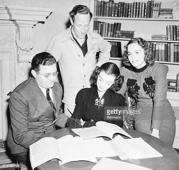 1/15/1939Culver City CA Pretty Vivien Leigh 25yearold British actress signs a contract with Selznick International Studios to play the coveted...