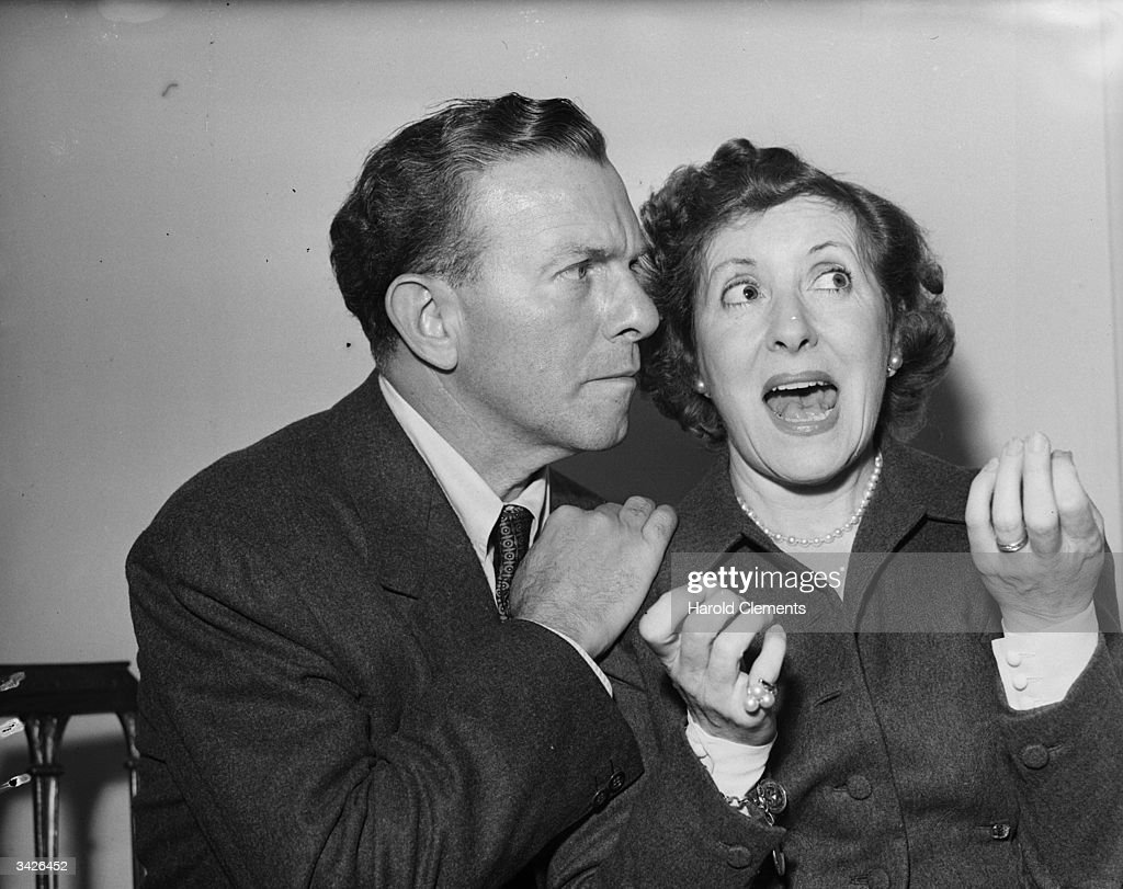 American radio comedians George Burns and Gracie Allen