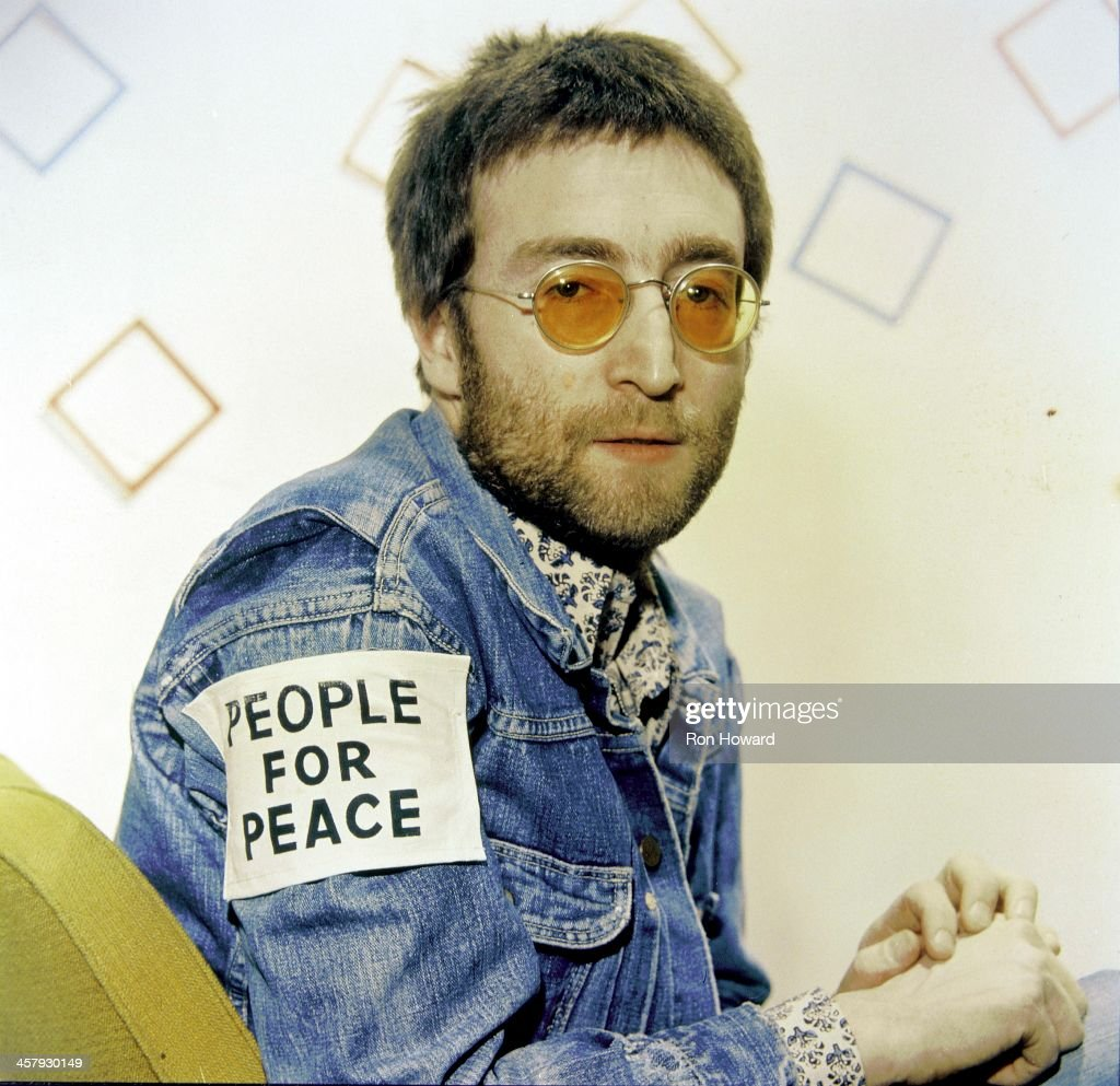 a biography of john lennon a british musician Mary elizabeth mimi smith (n e stanley) (24 april 1906 6 december 1991) is best known as the maternal aunt and parental guardian of the english musician john lennon she was born in liverpool british beatles fan club.