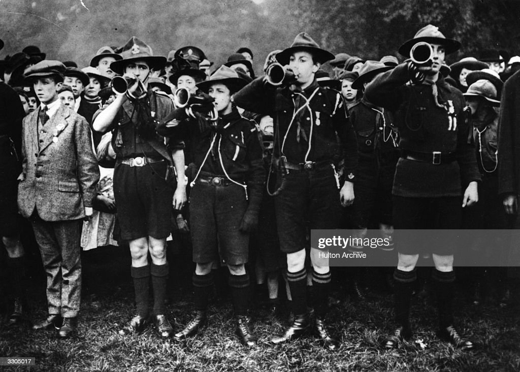 Bugling Boy Scouts gathered in Ravenscourt Park where the Mayor of Hammersmith Alderman Henry Forman MP presented medals to those Scouts who had...