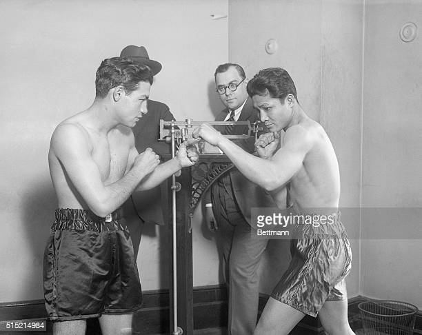 12/1/1927New York NY Photo shows Tony Canzoneri left and Ignacio Fernandez right squaring off for the battle tonight at Madison Square Garden at the...
