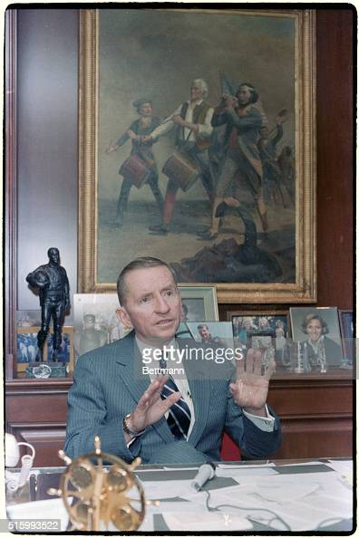 Ross perot seated at desk pictures getty images for General motors jobs dallas tx