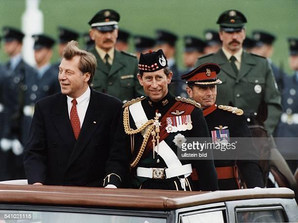 Politiker CDU Dmit Prinz Charles anlässlich einerParade 1994