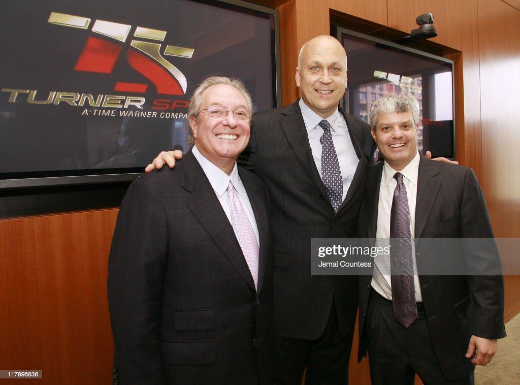 Cal Ripken, Jr. Announces Partnership With Turner Broadcasting for MLB Post