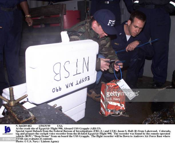 N 360289 002 13Nov99 Usa At The Crash Site Of Egyptair Flight 990 Aboard USS Grapple Special Agent Duback From The Federal Bureau Of Investigations...