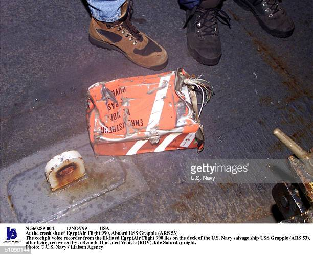 N 360289 004 13Nov99 Usa At The Crash Site Of Egyptair Flight 990 Aboard USS Grapple The Cockpit Voice Recorder From The IllFated Egyptair Flight 990...