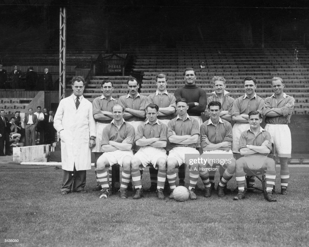 Charlton Athletic Football Club team. Front row: J Trotter (trainer), G Hurst, T Lumley, C Vaughan, J Evans and W Kiernan. Back row: B Fenton, J Campbell, J Walls, A Uytenbogaardt, H Phipps, F Lock and H Johnson.