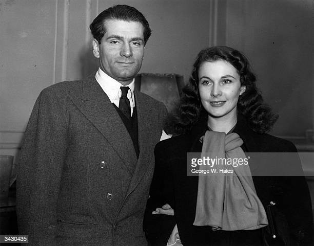 Actor Laurence Olivier with his wife actress Vivien Leigh after their arrival in England from Hollywood to play their part in WW II Olivier hopes to...