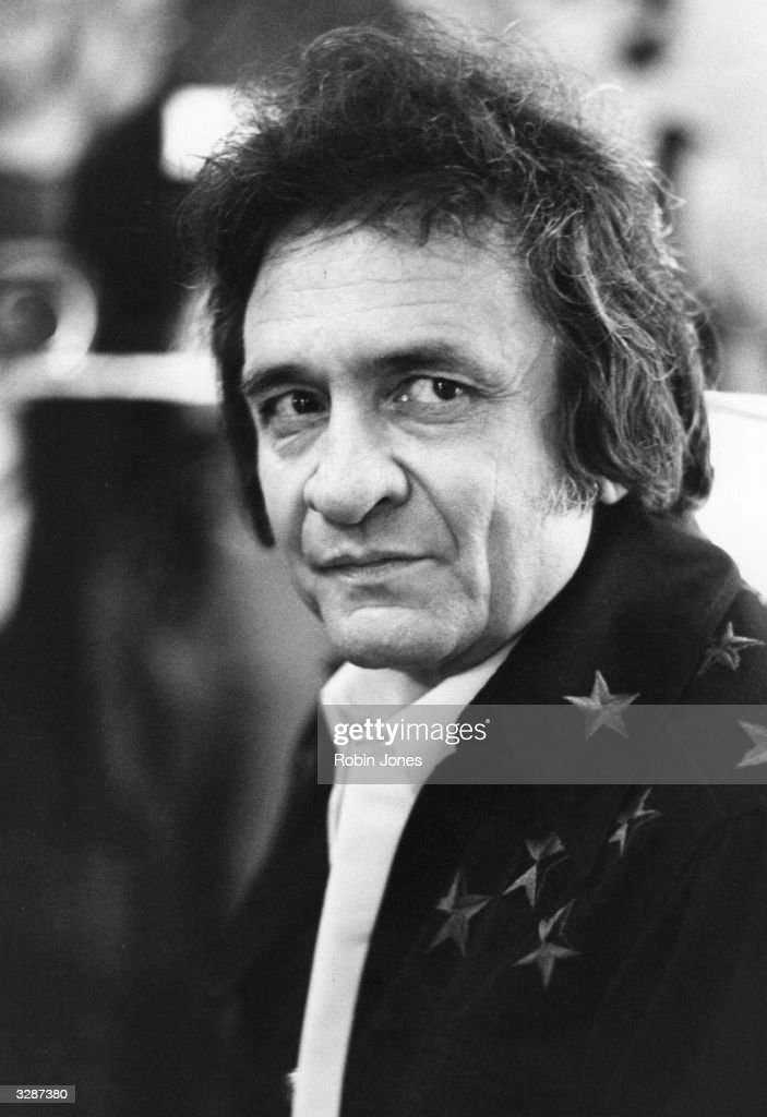 American country music singer and songwriter Johnny Cash, (1932 - 2003) in London.