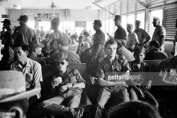 Lieutenant Colonel Colin 'Mad' Mitchell of the Argyll and Sutherland Highlanders at Saigon before leaving for Da Nang He later went on to become a...