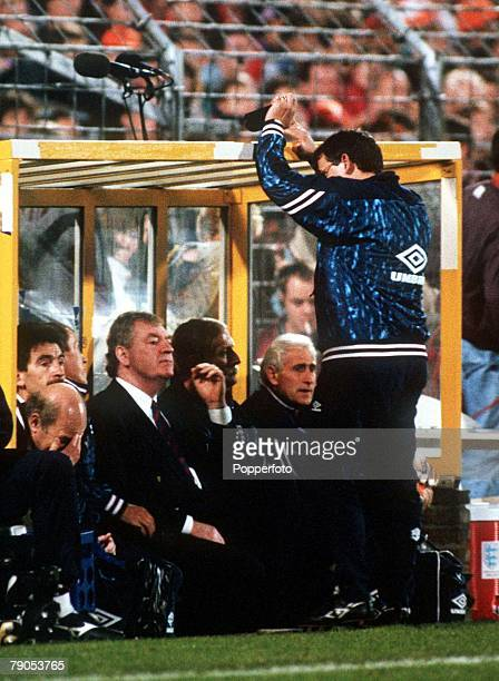 13th OCTOBER 1993 1994 World Cup Qualifier Rotterdam Holland Holland 2 v England 0 England's coach Graham Taylor turns away from the action as the...