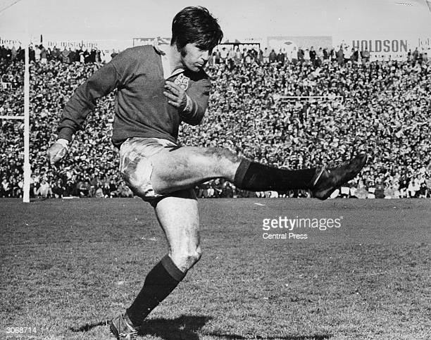 Welsh rugby union flyhalf Barry John playing with the British Lions against the AllBlacks at Auckland during the 1971 tour he broke the record for...