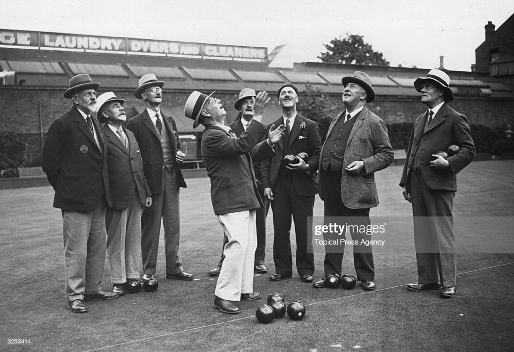 At a bowling match between the mayors of north and south London at the Lambeth Carlton Club Bowling Green at Brixton south London are H W Norman...